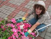 Тамара - профессиональный садовник